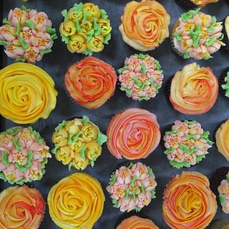 Mothers Day Flowers Cup Cakes
